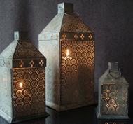 Ljuslykta med stansat mönster